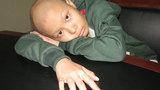 Cha phụ hồ nhọc nhằn nuôi con ung thư