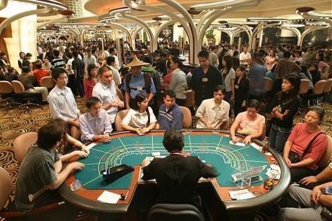 Đủ 21 tuổi, người Việt được chơi casino?