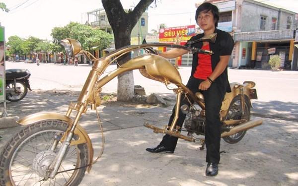 'Siêu xe' bọ ngựa cực dị ở Quảng Trị