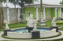 Vườn tượng tiền tỷ của đại gia học làm quý tộc