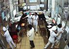 Clip: Hỗn chiến tại viện, bác sĩ chạy tán loạn