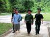 Bắt 8 người vượt biên trái phép sang Lào