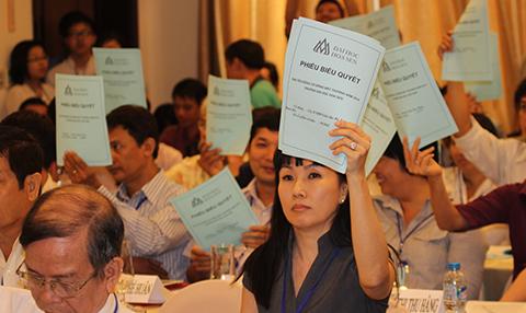 ĐH Hoa Sen, Sở GD-ĐT TP.HCM, hội đồng cổ đông, bất thường