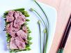 Bông hẹ xào thịt bò thơm thơm, giòn giòn