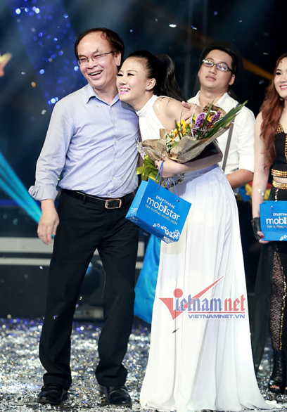 'Ngựa ô' Minh Tiến giành quán quân Sao Mai điểm hẹn 2014