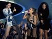 Giám khảo Idol vừa hát vừa giữ váy rách