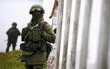 Bí ẩn nhóm vũ trang lạ nói giọng Nga ở đông Ukraina