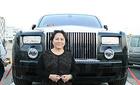 """Rolls-Royce """"hàng hiệu"""", chỉ nữ đại gia Việt mới biết chơi?"""
