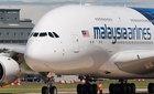 Malaysia Airlines bán rẻ, cho không vé máy bay