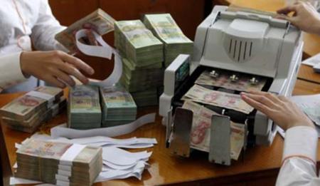 Tín dụng tắc, nợ xấu tăng: Sếp ngân hàng mệt mỏi