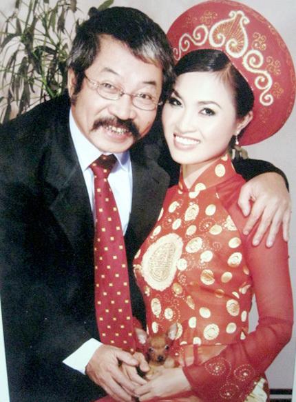 NSND Lê Hùng trải lòng hôn nhân với vợ kém 32 tuổi