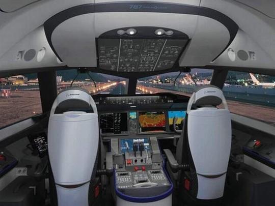 Sang Thái Lan thuê buồng lái bay thử nghiệm đường bay thẳng