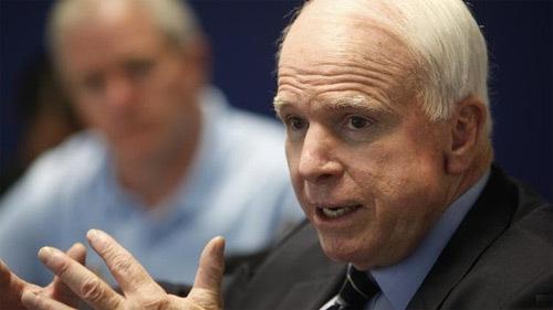 Các nghị sĩ hàng đầu Mỹ muốn vũ trang cho Ukraina