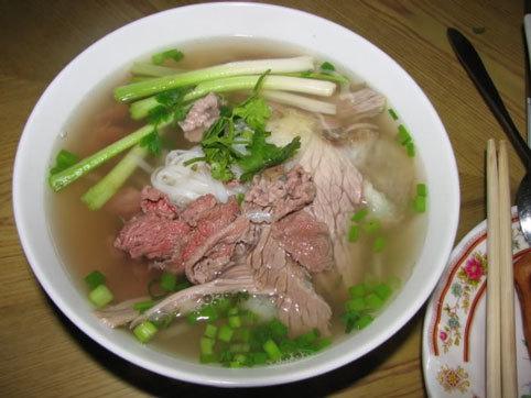 đặc sản, Nam Định, bánh nhãn, bánh gai, phở bò nam định, nem nắm, cá nướng úp chậu