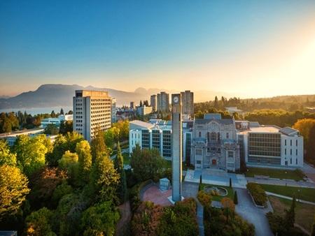 20140903171543 1 Điểm danh các khuôn viên đại học tuyệt đẹp tại Canada