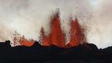 Núi lửa phun trào như 'địa ngục'