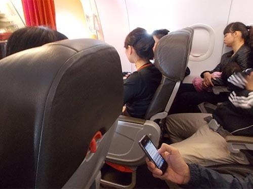 Xấu hổ vì câu nói 'It's Vietnamese' của khách Tây đi máy bay