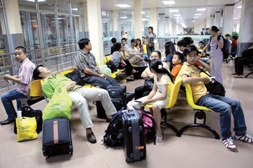 trễ-chuyến-bay, hủy-chuyến-bay, hoàn-vé, tiền-vé, khách-hàng, giá-rẻ, bồi-thường