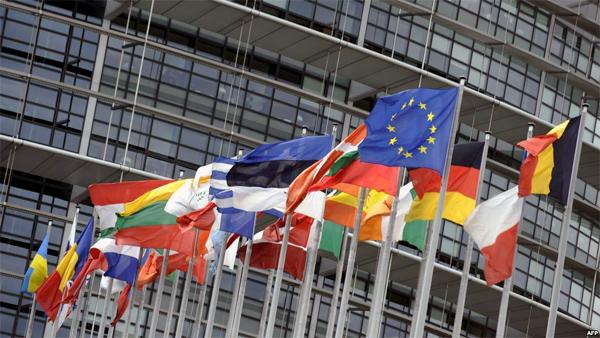 'Đạn đã lên nòng', EU vẫn gườm Putin