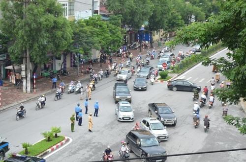 Hà Nội, bỏ lệnh, cấm ô tô, Xuân Thủy - Cầu Giấy