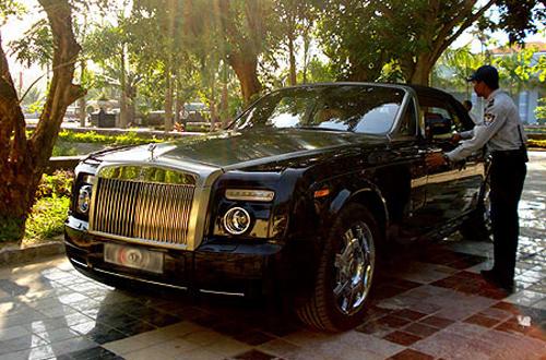 """Những chiếc Rolls-Royce """"độc"""" và """"khủng"""" nhất Việt Nam"""