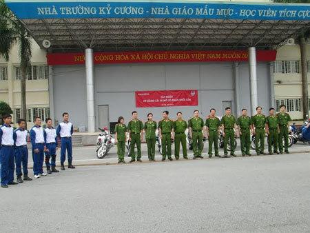 Học viện Cảnh sát Nhân dân tập huấn môtô phân khối lớn