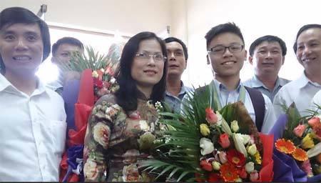 thầy giáo, Phan Bội Châu, Nghệ An, huy chương
