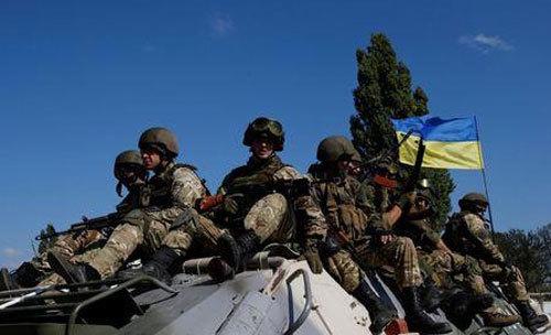 Ukraina lệnh cho quân đội báo động chiến đấu toàn diện