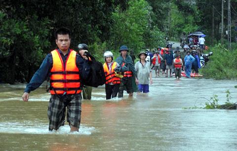 Thái Nguyên: 16 xã bị cô lập do mưa lũ
