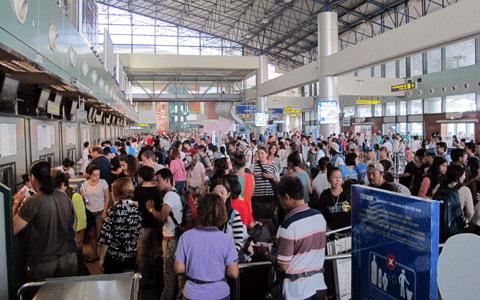 lệ-phí-sân-bay, vé-máy-bay, tăng-giá, hãng-hàng-không, sân-bay, quá-tải, hành-khách