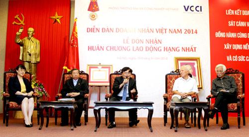 Doanh nhân Việt: 'Ba chìm bảy nổi chín lênh đênh'