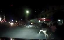 10 clip 'nóng': Tên cướp kéo lê thiếu nữ trên đường