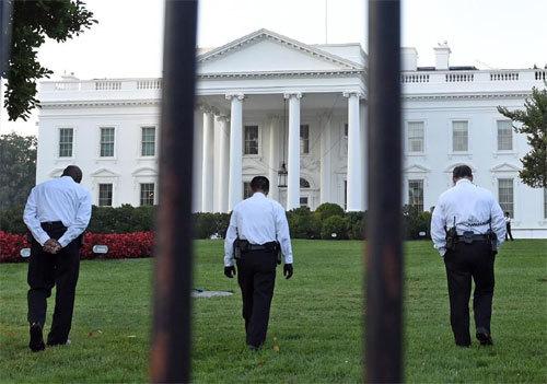 Các nhà lập pháp Mỹ sốc vụ Nhà Trắng bị đột nhập