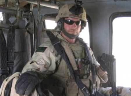 Lính đặc nhiệm SEAL bị bắn 27 lần không chết