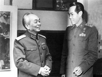 Trực tuyến với tác giả bestseller về điệp viên Phạm Xuân Ẩn