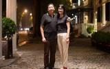 Những khoảnh khắc gia đình Việt Nam lay động lòng người
