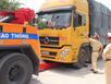 Tạm giữ, xử lý 12 xe quá tải né trạm cân ở Quảng Ngãi