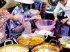 Hà Nội: Dầu ăn rẻ như… trà đá tràn khắp hàng quán