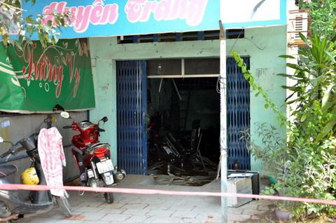 Bi kịch cuộc tình vụng trộm vụ chết cháy ở tiệm tóc