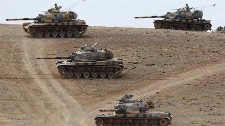 Thổ Nhĩ Kỳ đưa xe tăng tới biên giới Syria