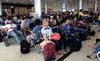 Đi máy bay: Đánh người, cư xử kiểu 'chợ búa'