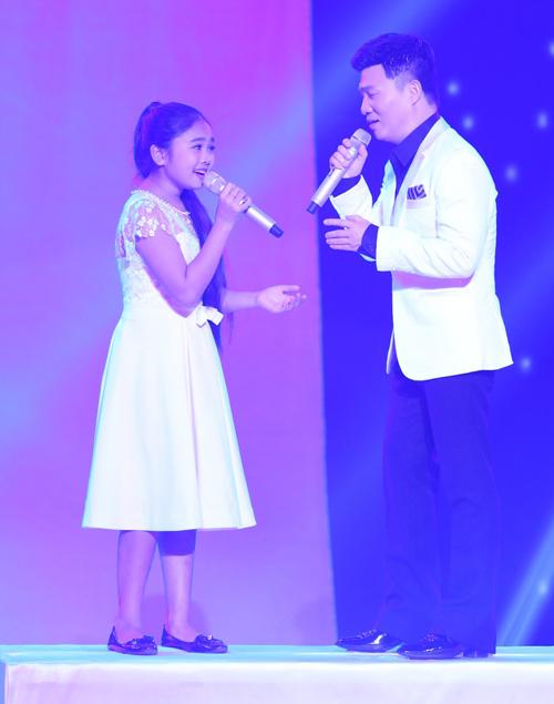 Cẩm Ly: Đừng hy vọng tôi dẫn các bé đi hát hàng đêm