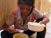 Cám cảnh bữa cơm với muối ớt của học sinh Vân Kiều