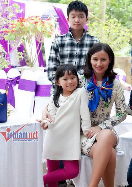 BTV Lê Bình, MC Ngọc Trinh, MC Quốc Khánh