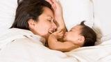 Rắc rối chuyện sổ bảo hiểm cũ - mới với chế độ thai sản