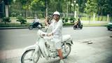 'Bạch công tử của Sài Gòn' khiến dân mạng thích thú