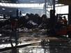 Đổ sập cả vạn mét vuông xưởng gỗ sau vụ cháy ở KCN