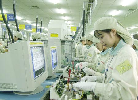 Công-nghiệp-hỗ-trợ, phụ-trợ, ô-tô, nội-địa-hoá, ốc-vít, dệt-may, xuất-khẩu, Samsung, FDI, công-thương