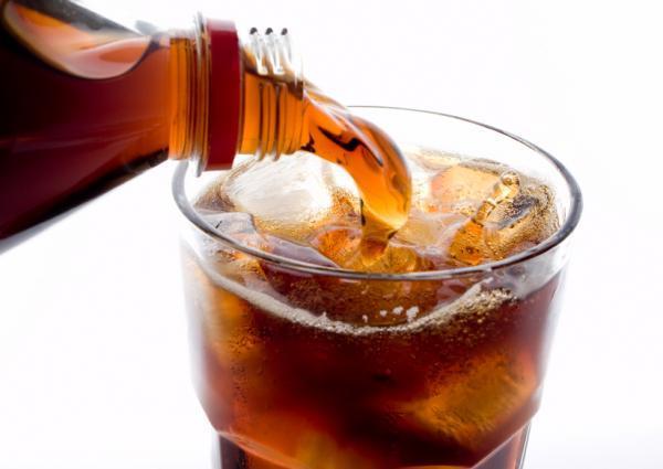 Nước ngọt làm cơ thể lão hóa nhanh như hút thuốc