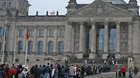 Xem dân Đức, Hàn Quốc xếp hàng tham quan nhà QH